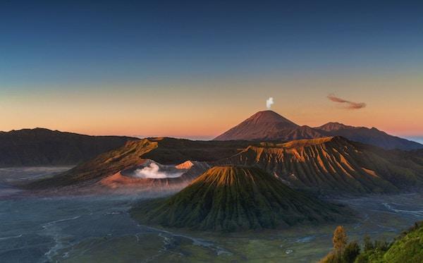 Tidlig morgen, utsikt over Bromo i Øst-Java i Indonesia.
