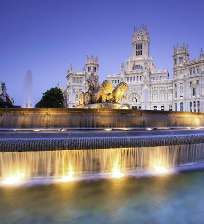 Cibeles-plassen i Madrid med sin vakre fontene.
