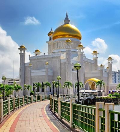 Sultanen Omar Ali Saifuddin-moskeen i Bandar Seri Begawan - Brunei.