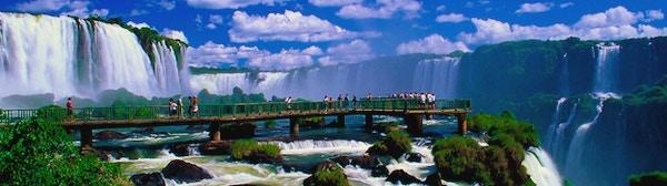 Iguazú-fossen er et spektakulært syn.