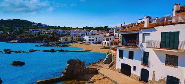 Vakker strandby