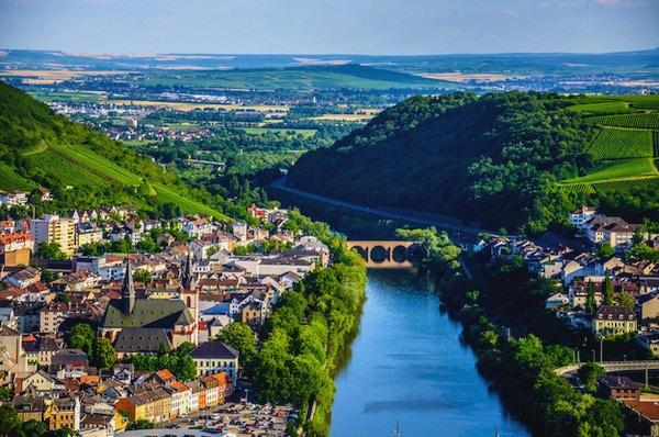 Bingen am Rhein og Rhinen, Rheinland-Pfalz, Tyskland