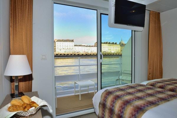 En lugar på øvre dekk med utsikt ombord på skipet MS Loire Princess