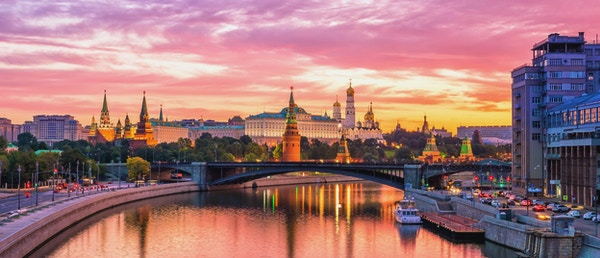 Moskva Kreml og elv om morgenen, Russland