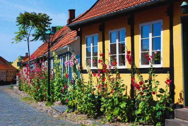 vakkert lite hus på Bornholm, Danmark, Rønne