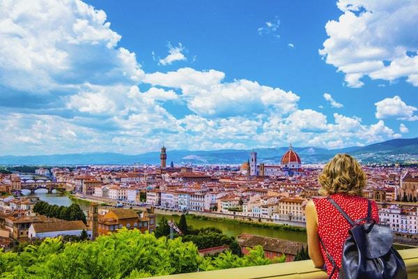 Vi elsker reise like mye som deg, og gleder oss til å svare på dine spørsmål!