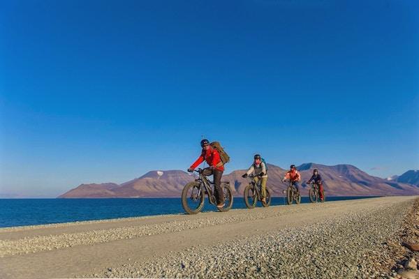 På sykkeltur på Svalbard