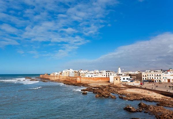 Bilfrie Essaouira ligger vakkert til ved havet.