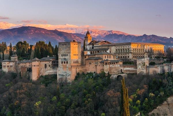Alhambra i Granada kan ta pusten fra noen og enhver.