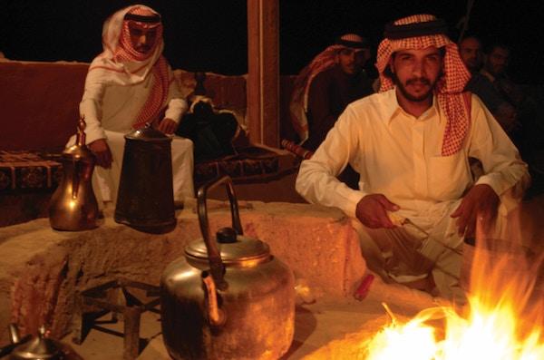 God stemning i beduinlandsby.