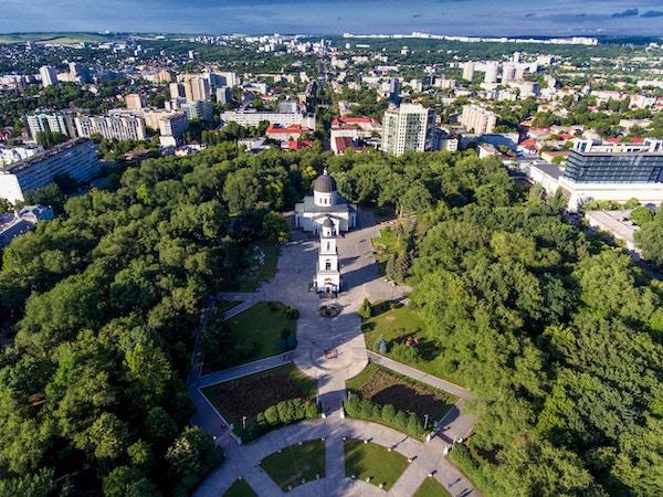 Chisinau, Moldova, luftfoto fra drone. Central Park.