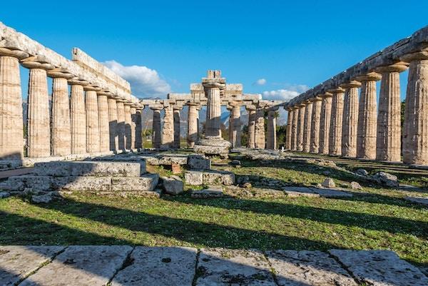Greske ruiner ved Paestum, Italia.