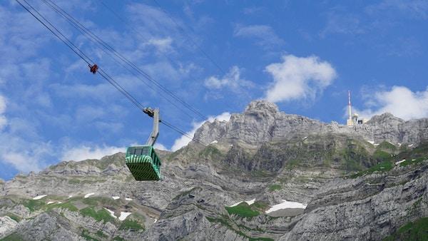 Taubane til fjelltoppen Säntis på 2500 m.o.h.