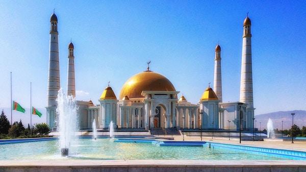Moske i Ashgabat, Turkmenistan.