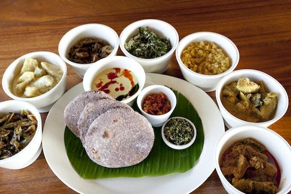 sri lankisk mat av karriretter