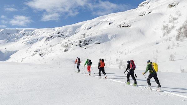 På skitur ved Vatnahalsen