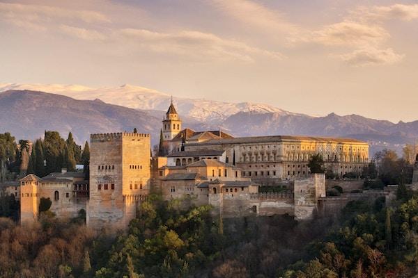 Alhambra i Granada sør i Spania