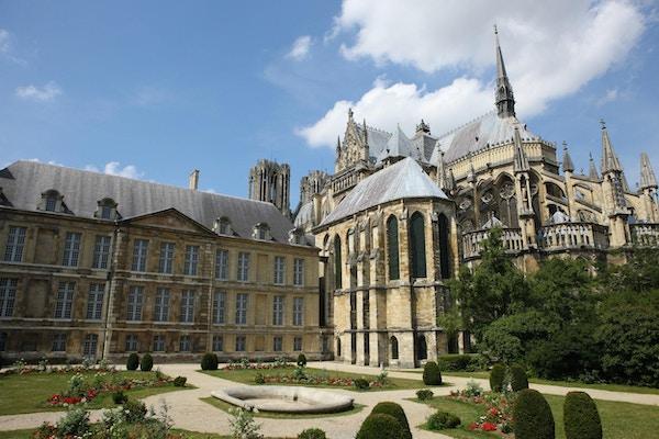 Gotisk katedral i Reims i Champagne-regionen i Frankrike.