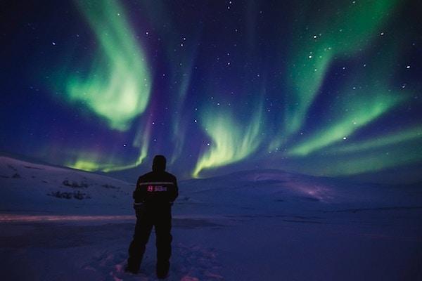 Utsikt mot vakkert nordlys