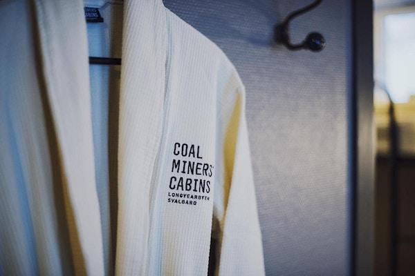 Coal miners cabins svalbard 4
