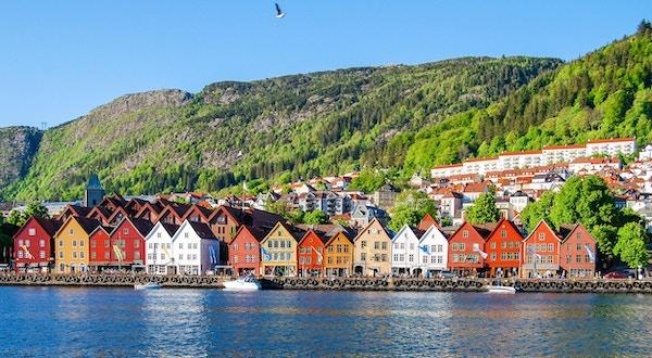 Bybildet utsikt over Bergen, Norge
