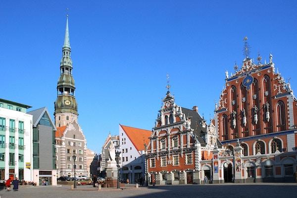 Kirke, bygninger og torg i Riga.