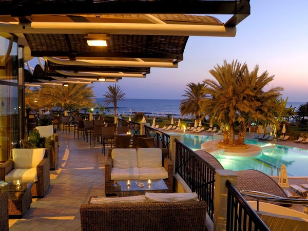 Verandaen hos Athena Beach Hotel