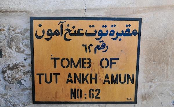 Skilt som indikerer Tut Ankh Amuns grav, Kongenes dal, Egypt