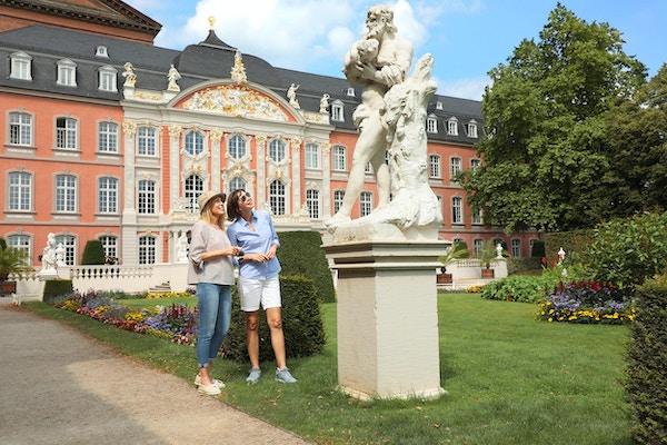 På besøk ved valgpalasset i Trier, Tyskland
