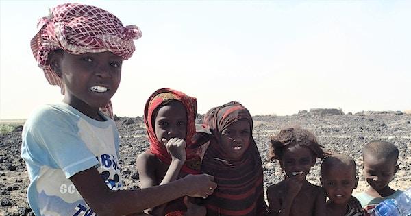 Barna i Etiopia er sjarmerende og nysgjerrige