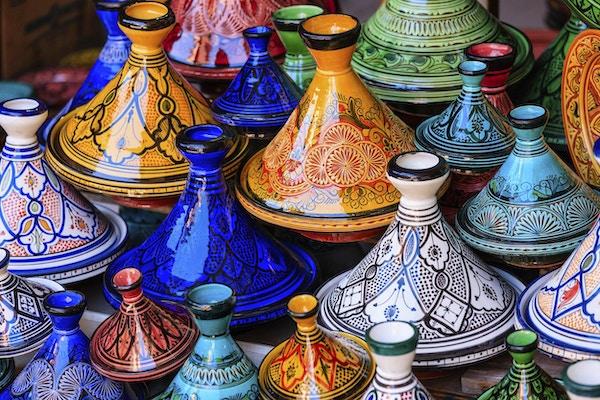Vakre kokekar i Marokko.