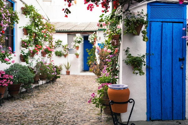 Typisk andalusisk gårdsplass i Cordoba.