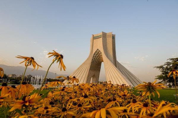 Landemerke Azadi Tower i Teheran.