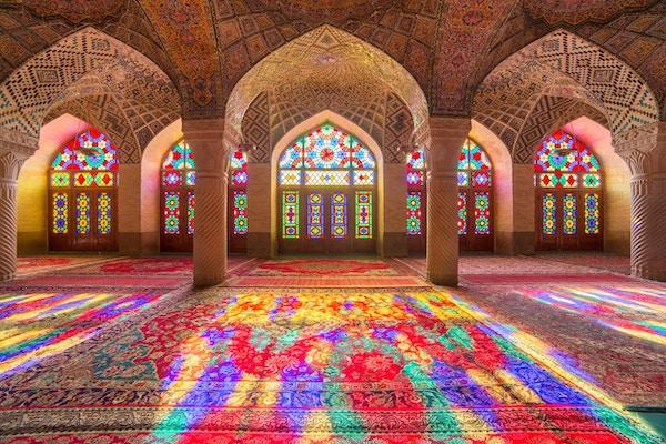 Nasir Al-Mulk-moskeen i Shiraz, Iran, også kjent som Pink Mosque