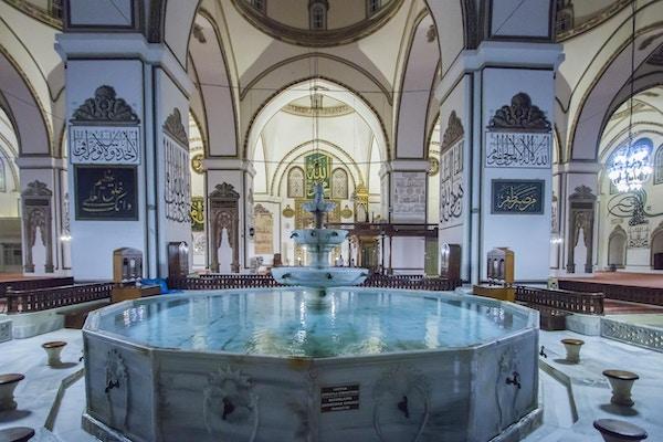 Ulu Cami-moskéen i Bursa, Tyrkia.