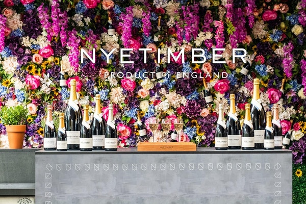 Vingården Nyetimber med et utvalg av musserende vin.