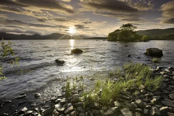 Solnedgang over Loch Lomond.