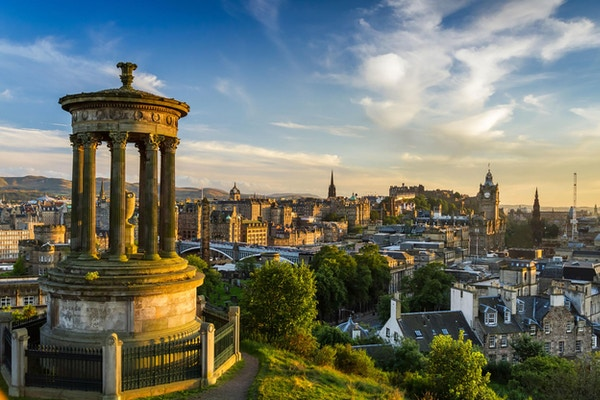 Oversiktsbilde over Edinburgh.