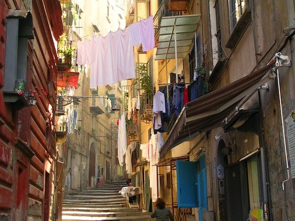 Typisk nabolag i Napoli.