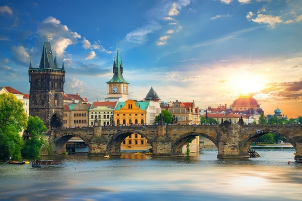 Karlsbroen i Praha, Tsjekkia.