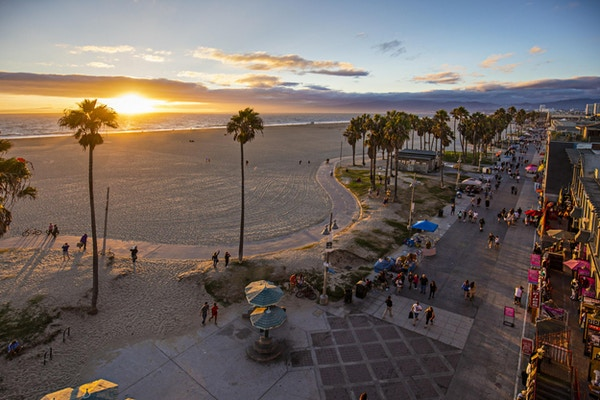 Kveldsstemning på Venice Beach, USA.