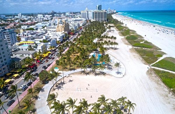 Oversiktsbilde Miami Beach med Ocean Drive.