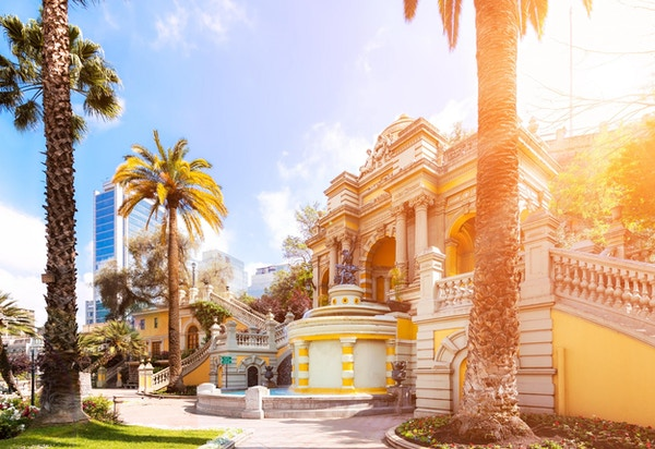 Bypark i kolonial spansk stil i Santiago, Chile