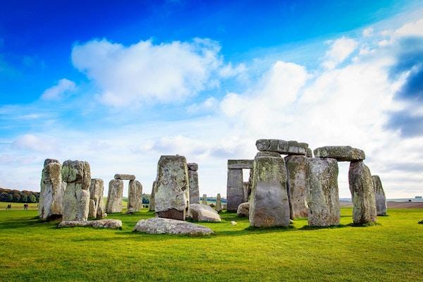 Stonehenge er et forhistorisk monument i Wiltshire, England