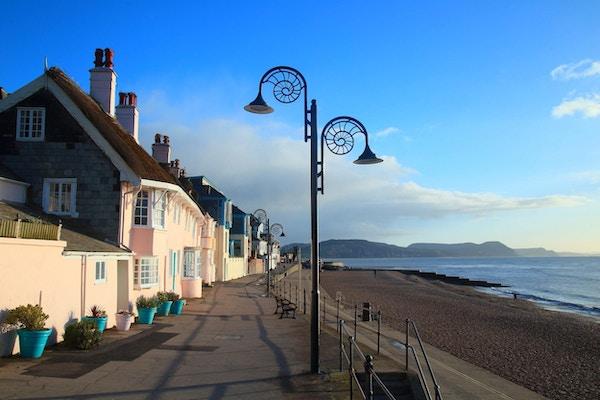 Ammonitt lampestolpe i Lyme Regis, Dorset