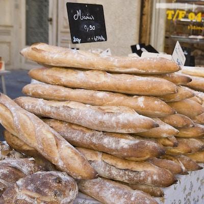 en gruppe franske baguetter