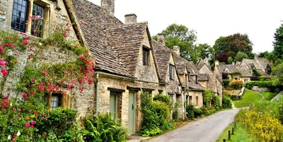 Hus av Arlington Row i landsbyen Bibury, England