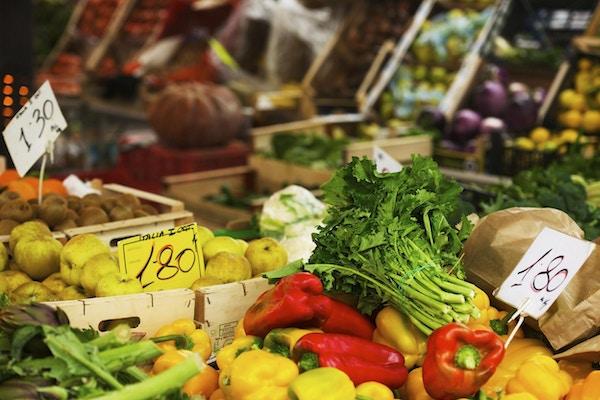 Grønnsaker på markedet
