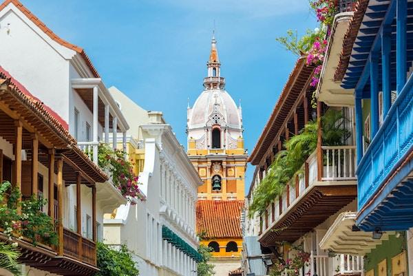 Utsikt over balkonger som fører til den fantastiske katedralen i Cartagena, Colombia
