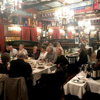 Interiør i restauranten Brigada i Buenos Aires